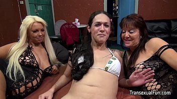 Nicole sheridan with tranny - Shemale with two females