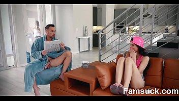 Fucking My Sexy Stepdad While Mom Sleeps FamSuck.com Vorschaubild