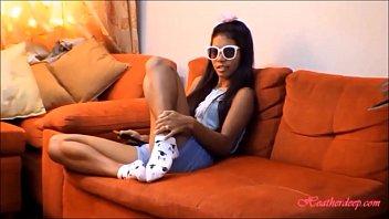 HD tiny thai teen oriental teen heather deep give deep throat and get huge facial on glasses 2 - XVIDEOS.COM
