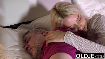 Old guy penetrates her young pussy and the girl gets cum in her mouth Preview