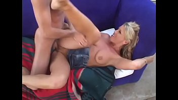Blonde honey with nice tits Chelsea Zinn gets fucked hardcore with a big dong on the sofa