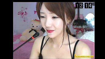 Video stream pee Korean web cam girls live stream and videos