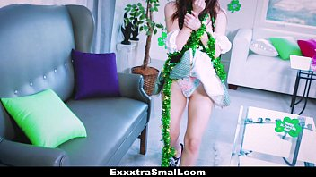 11422 ExxxtraSmall - Cute Irish Girl Fucked By Monster Cock preview