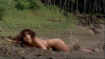 Lake Placid 3: Sexy Nude Girl (Thai)