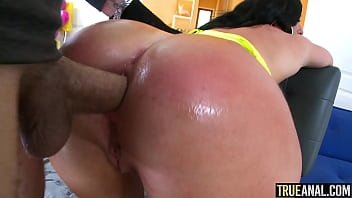 TRUE ANAL Jennifer White gets gaped and creampied 12分钟