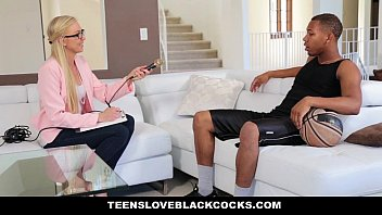 TeensLoveBlackCocks – Blonde Chick Gets Plundered By BBC Athlete