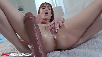 Redheads gush - Andi rye squirting from huge dildo fuck