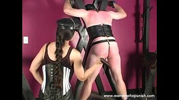 Boot spank whip - Spanking and paddling