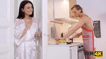 RIM4K. Wifes surprise was tonguing her husband till he gets a boner