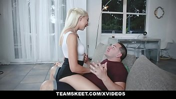 Gicing it to sister up thew ass Teenpies - young teen filled up with cum