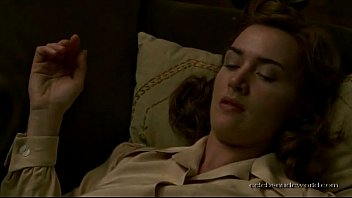 Kate sexy video winslet Kate winslet mildred pierce