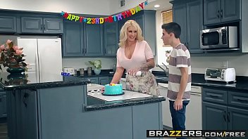 Fucking mommie - Brazzers - mommy got boobs - my friends fucked my mom scene starring ryan conner, jordi el nintild
