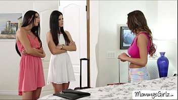 Damn gorgeous ladies August with India and NIkki goes pussy tribbing