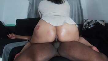 Superexplicit and Exotic Enrican Interracial big booty latina takes on BBC