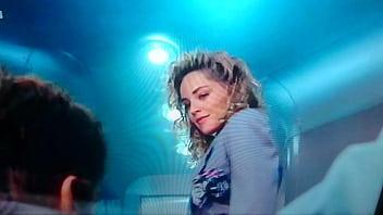 Sharon Stone Total BallBreaker 13秒