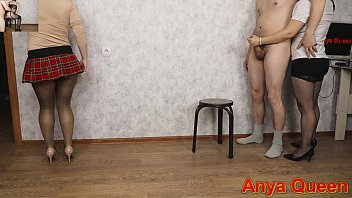 I ordered a streptizer for my husband, and I decided to handjob and he fucked me .. Pantyhose and stockings are a hell of a mixture! - Anya Queen