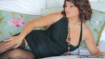 Horny brunette whore Bellina has cute