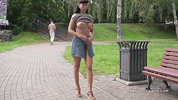 Jeans skirt flashing 4分钟
