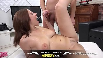 Pants down pee Vipissy - antonia sainz - hd pissing