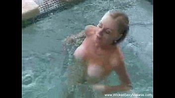 Amateur Slut Melanie Fun