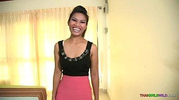 Sex mit heißen Thai Babe ist alles Lächeln im Land des Lächelns