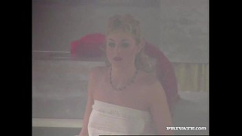 Barby and Lynn Stone Dped in a Roman Orgy 5 min