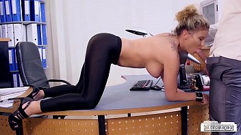 Really sexy free porn Bums buero - hot office sex with german blonde secretary izzy mendosa