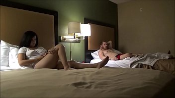 Brother & Sister Share a Hotel Room - Annika Eve - Family Therapy - Preview Porno indir
