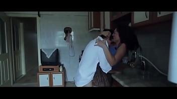 koksuz-filmi-sevisme--mihriban-er 91秒