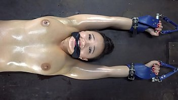Roxy Shackled, Gagged and Cut by Pendulum in Dungeon.  Short version. Find Long Here:   https://www.xvideos.red/channels/customfetish# tabRed