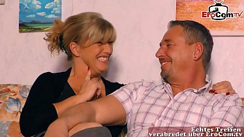 German real housewife makes her first threesome with her husband at the casting