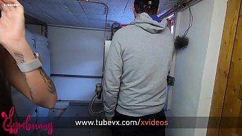 VISIT-X Gymbunny von Techniker im Heizungskeller gefickt Vorschaubild