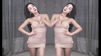 公众号【是小喵啦】19禁韩国巨乳主播BJ朴相恩紧身裙热舞