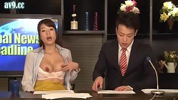 หนังโป๊xญี่ปุ่น RCT-560 นักข่าวสาวกินยาปลุกเซ็กส์ออกฤทธิ์ช้า เงี่ยนหีกลางรายการข่าว ไม่ไหวแล้วขอเกี่ยวหีหน่อยนะคะ