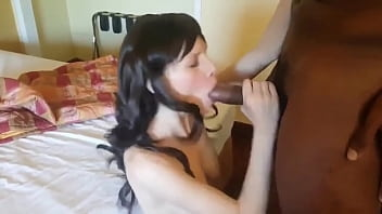 real amateur masseuse sucks client