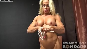 Athletic muscle nude movie free Female bodybuilder uses rope to play with ass, tits