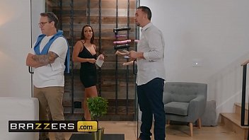 Real Wife Stories - (Abigail Mac, Keiran Lee) - Nailed At The Estate Sale - Brazzers thumbnail