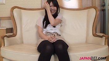Hairy pussy Mai Syoji riding cock at home หญิงสาวญี่ปุ่นโดนพ่อเลี้ยงเย็ดโดนควยยัดหีเข้าไปร้องลั่น