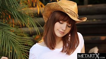 All-American Beauty In A Stetson Hat Strokes Her Perfect Pussy