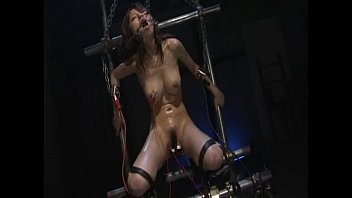Dark Fetish Network - Electrocutionsex's video - Electrocuti
