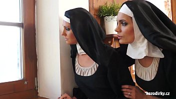 Streaming Video Two nuns enjoying sexual adventure - XLXX.video