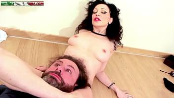 Cum inside my gaped pussy please!!