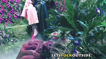 Let's Fuck Outside - Batman Get Fucked By Poison Ivy 29 min