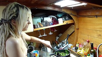 Sexy british cook - Boatbabesxxx cooking classes with sexy lexi naked chef teaches you a lesson