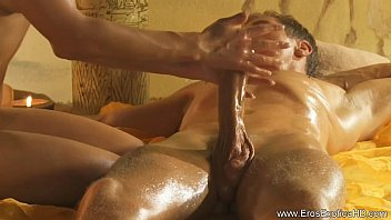 Intense Handjob Massage From Turkey