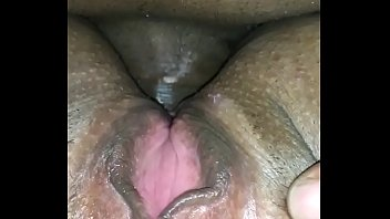 Fucking my wife in her big ass and she loves it and her pussy gets wet