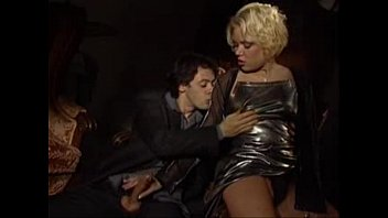Pornstar Christina Bella fuck In Sofa - 69VClub.Com