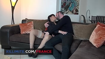 Busty cougar prefers it in the ass 11 min