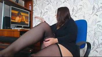 Girls watching girls masturbate pics - Brunette with huge boobs masturbates-erickdarkebadass.com