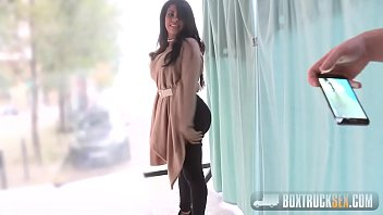 Big ass Latina is fucking and sucking in public porno izle